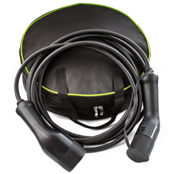 Bag and cable for charging electric vehicles 16A - 3 phase